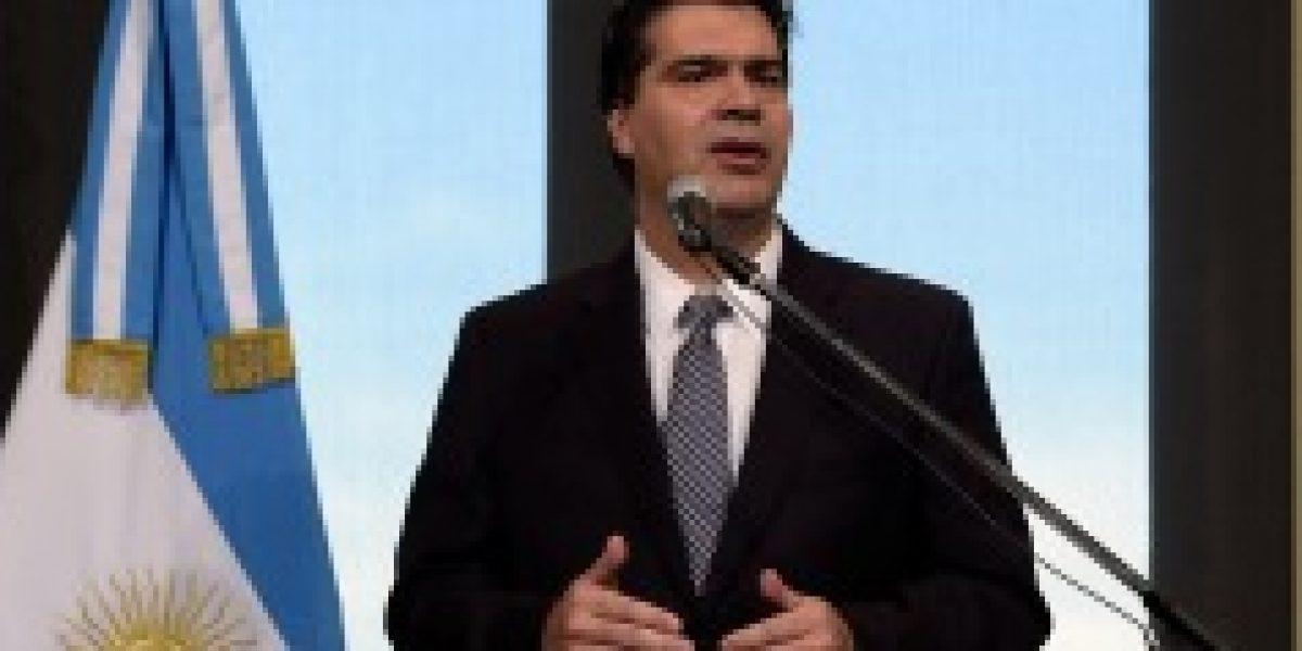 Gobierno argentino rechaza previsiones negativas del FMI y asegura que su economía crecerá