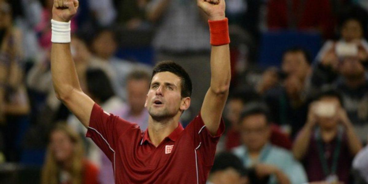 Novak Djokovic avanza a semifinales en Shangai tras vencer a Ferrer