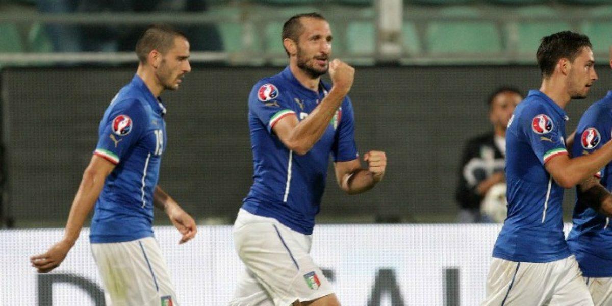 De dulce y de agraz: Chiellini marcó los goles y el autogol en el triunfo de Italia