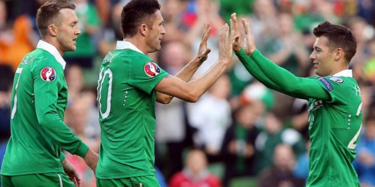 Para la risa: El increíble autogol de la débil Gibraltar ante Irlanda