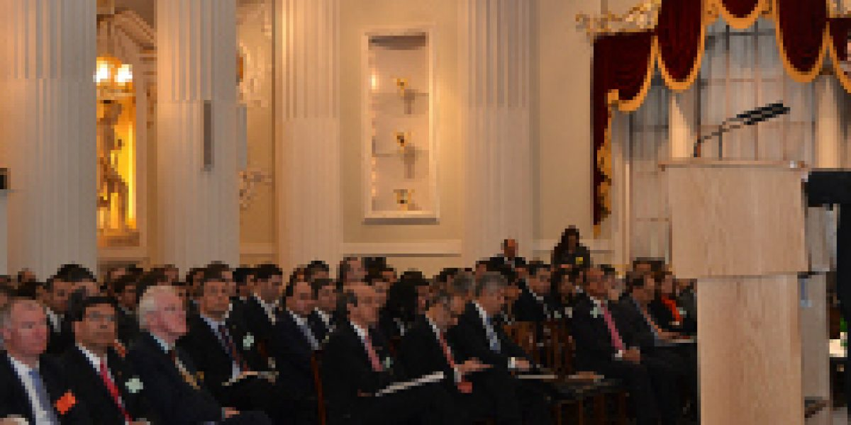 """Ministro de Economía en Chile Day: """"He visto confianza en el país e interés de los inversionistas extranjeros"""""""