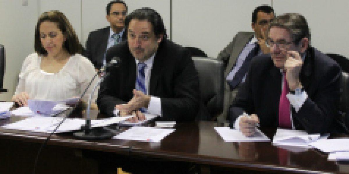 Chile explora nuevas áreas para profundizar relaciones económico-comerciales con Brasil