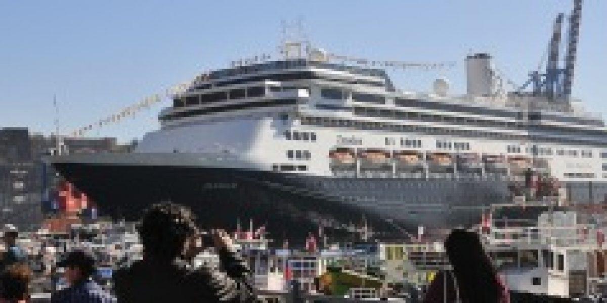 Cerca de 87 mil turistas arribarán a Valparaíso en nueva temporada de cruceros