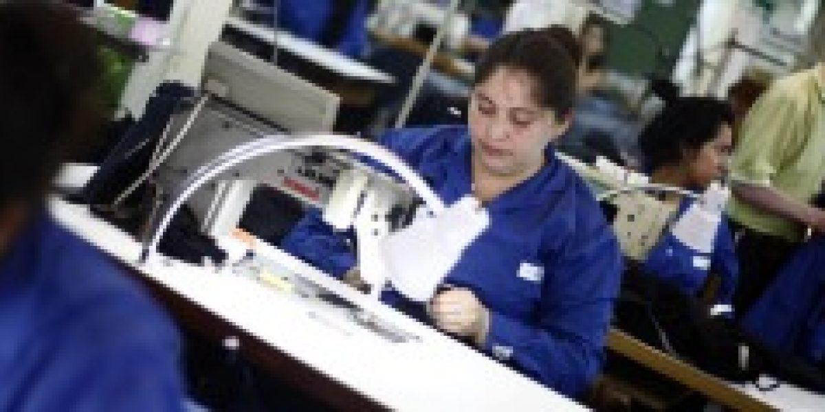 Chile entre los países de la Ocde que más trabaja