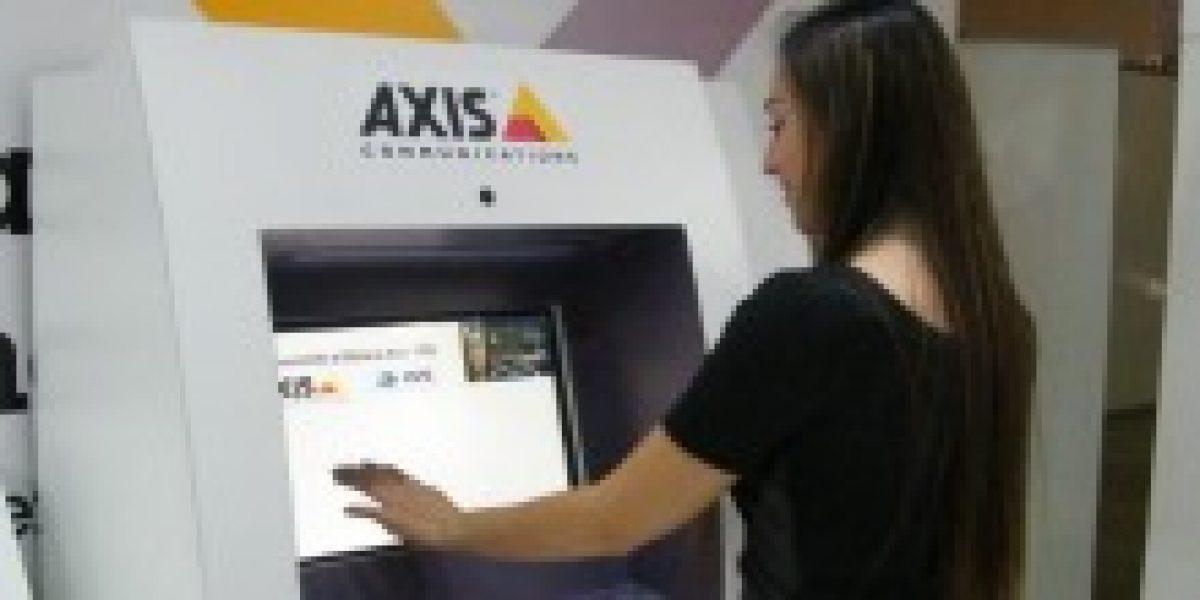Este cajero automático promete evitar los fraudes con tarjetas de crédito