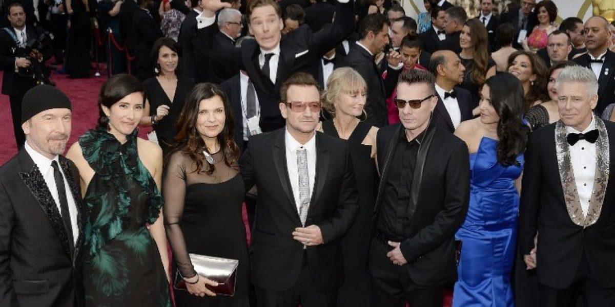 Bono pide disculpas por la forma en que difundió U2 su último álbum