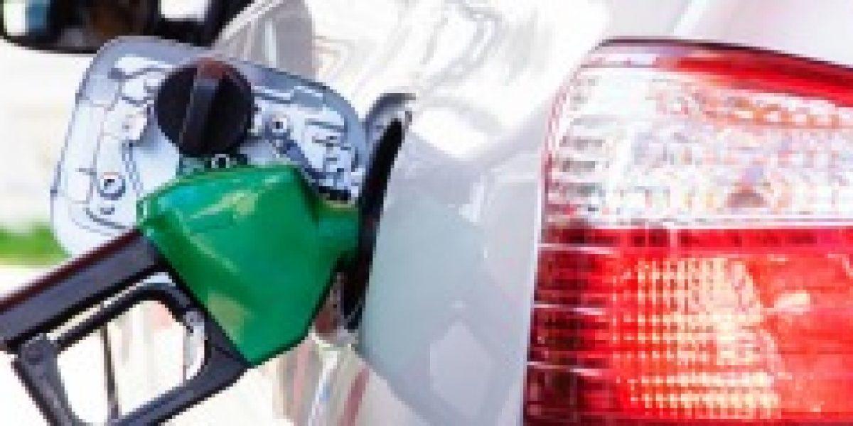 Econsult: Gasolinas subirían $3 y diesel bajaría $5 a contar del 23 de octubre