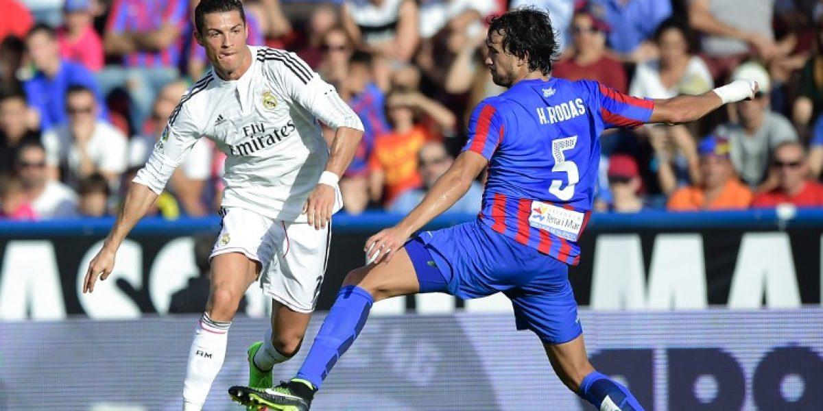 Real Madrid goleó a Levante y llega afilado al Clásico con Barcelona