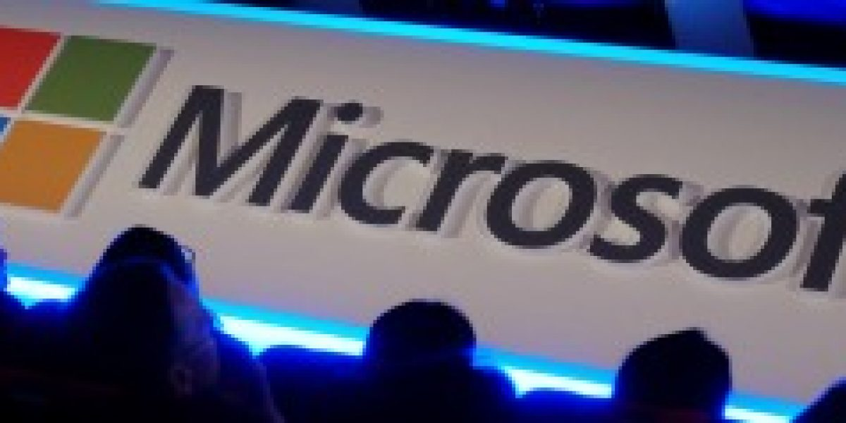 Consejero de Microsoft pide perdón a mujeres por su comentario sobre sueldos