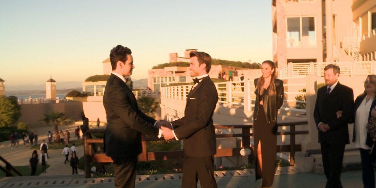 Propuesta de matrimonio gay emocionó a Carolina de Moras