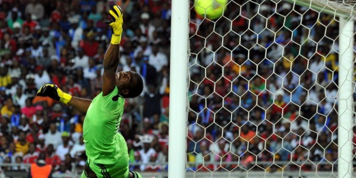 Capitán de la selección sudafricana muere tras recibir un disparo