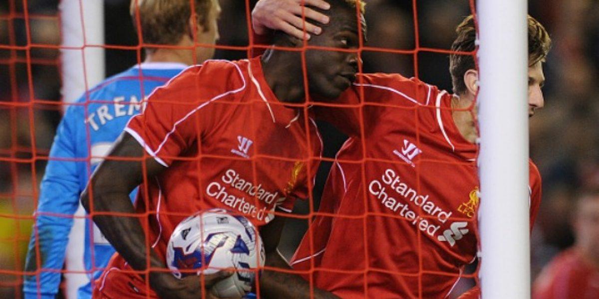 Hasta que apareció: Balotelli inició la remontada del Liverpool en la Copa de Liga