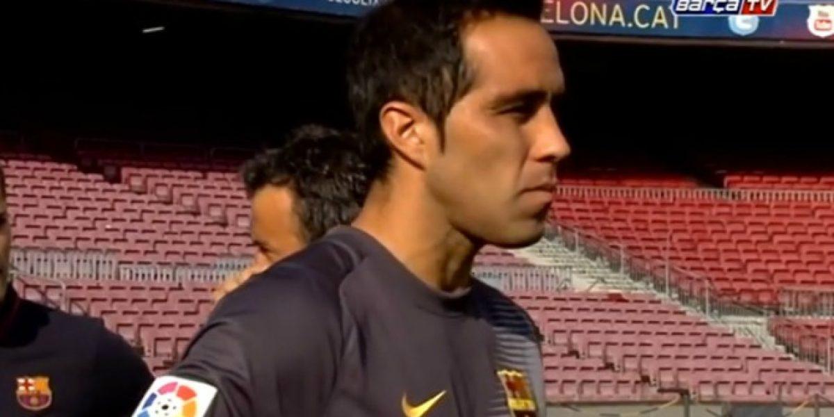 Tremenda pinta: Claudio Bravo se lució en la foto oficial de Barcelona