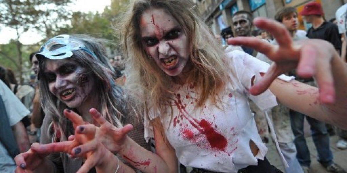 Se disfrazó de zombie para asustar a automovilistas y lo atropellaron