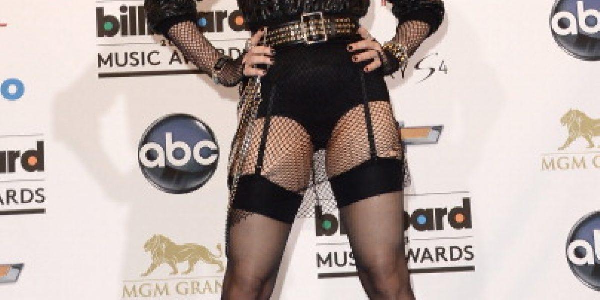 Salen a subasta vestidos de Madonna y guitarras de U2 y Elvis Presley