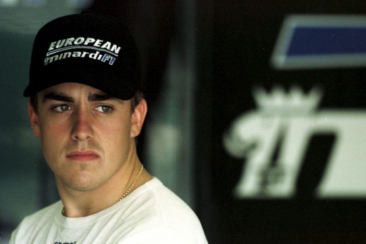 Fernando Alonso debutó en la Fórmula 1 en 2001 con el equipo Minardi Foto:Getty. Imagen Por: