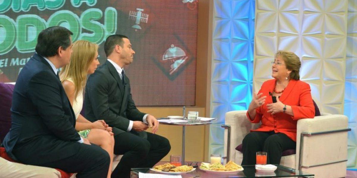 Bachelet molesta por rumores de cambio de gabinete: