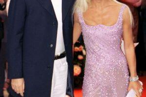 Con su hermano Gianni, en 1995. Foto:Vogue. Imagen Por: