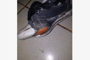 Esta es la foto que subió el profesor para pedir una zapatilla para su aumno. Foto:Facebook. Imagen Por: