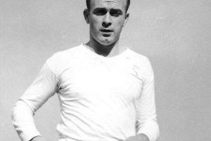 El mítico jugador del Real Madrid marcó 49 goles Foto:Getty. Imagen Por: