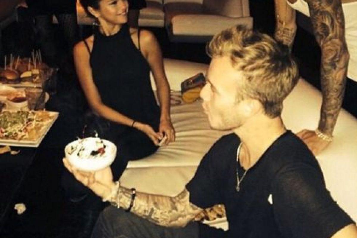 Asistían a fiestas juntos, compartieron las vacaciones y hasta se rumoraba que Gómez se había mudado a la casa de Bieber Foto:Instagram. Imagen Por: