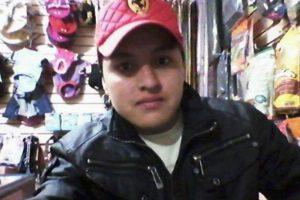 Óscar Aguilar trató de hacer un selfie con un arma pero la disparó por accidente y se mató. Foto:Vía Facebook. Imagen Por: