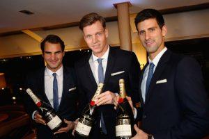 Federer, Berdych y Djokovic a punto de brindar. Foto:Getty Images. Imagen Por: