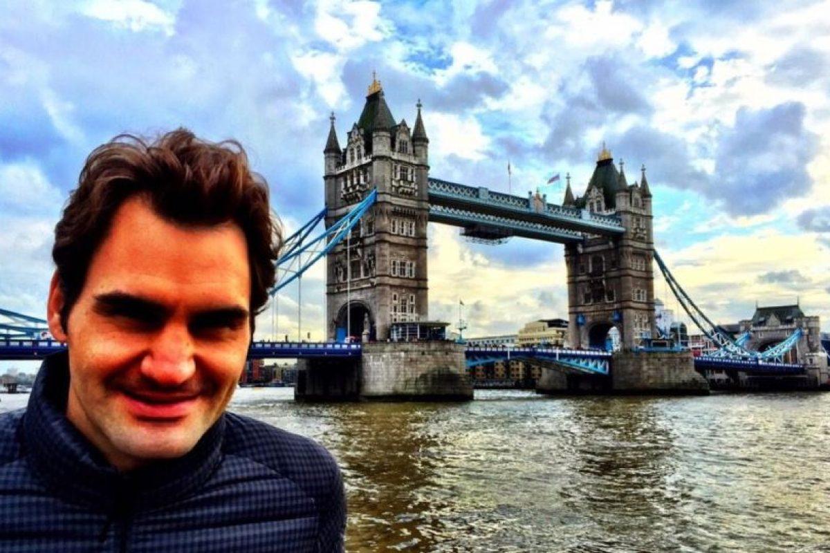 Roger Federer visitó la emblemática Tower Bridge. Foto:twitter.com/rogerfederer. Imagen Por: