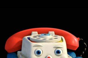 Chatter Telephone (Toy Story 3) Foto:Pixar/Walt Disney Pictures. Imagen Por: