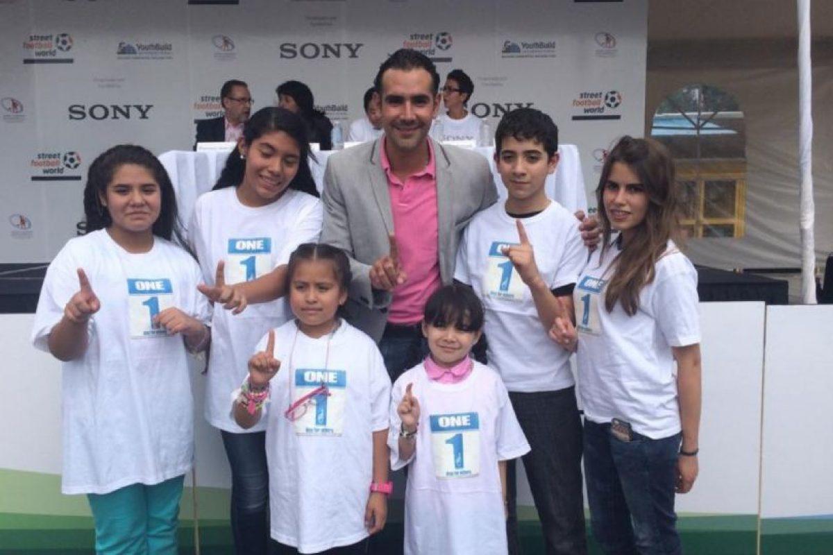 Era Director del deporte de la Delegación Miguel Hidalgo en la Ciudad de México. Foto:facebook.com/pages/Hugo-Sanchez-Portugal. Imagen Por: