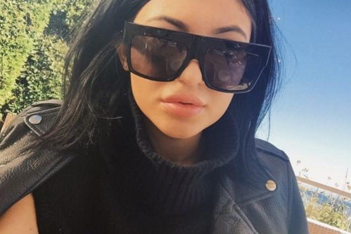Pero fotos más recientes indican que la joven pudo haberse operado Foto:KylieJenner vía Instagram. Imagen Por: