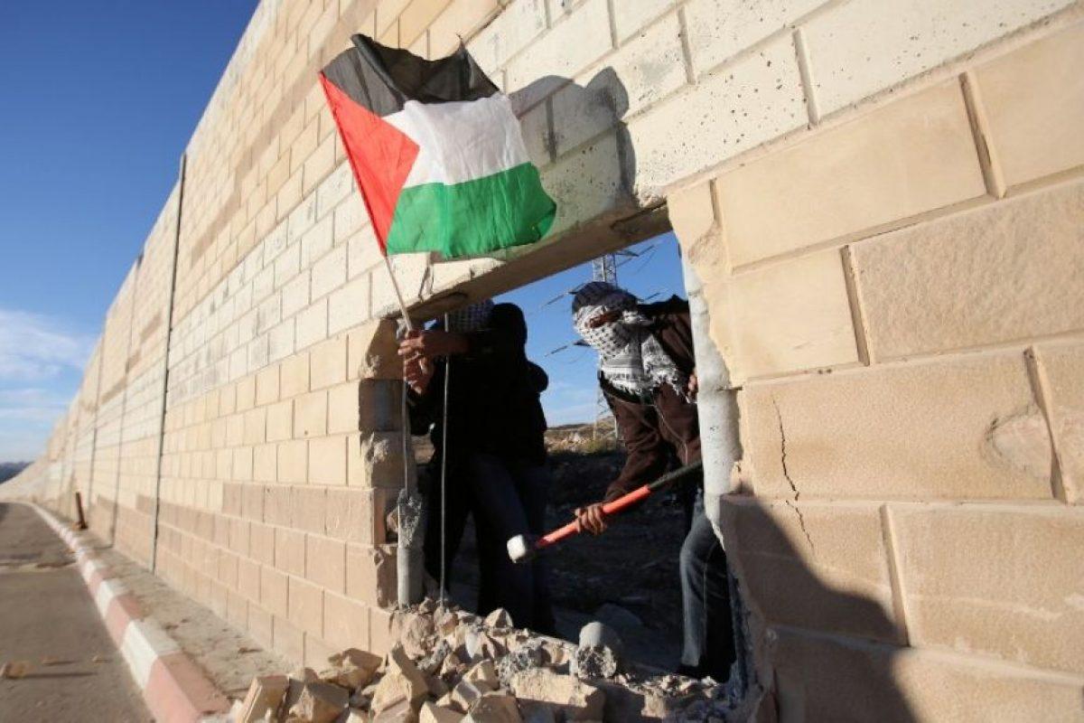 """Palestina recordó al mundo que ellos también tiene su """"Muro de Berlín"""" Foto:AFP. Imagen Por:"""