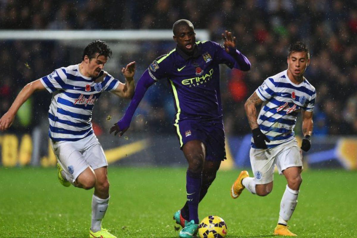 En los estadios de la Premier League inglesa no hay una reja entre la cancha y los aficionados. Foto:Getty Images. Imagen Por: