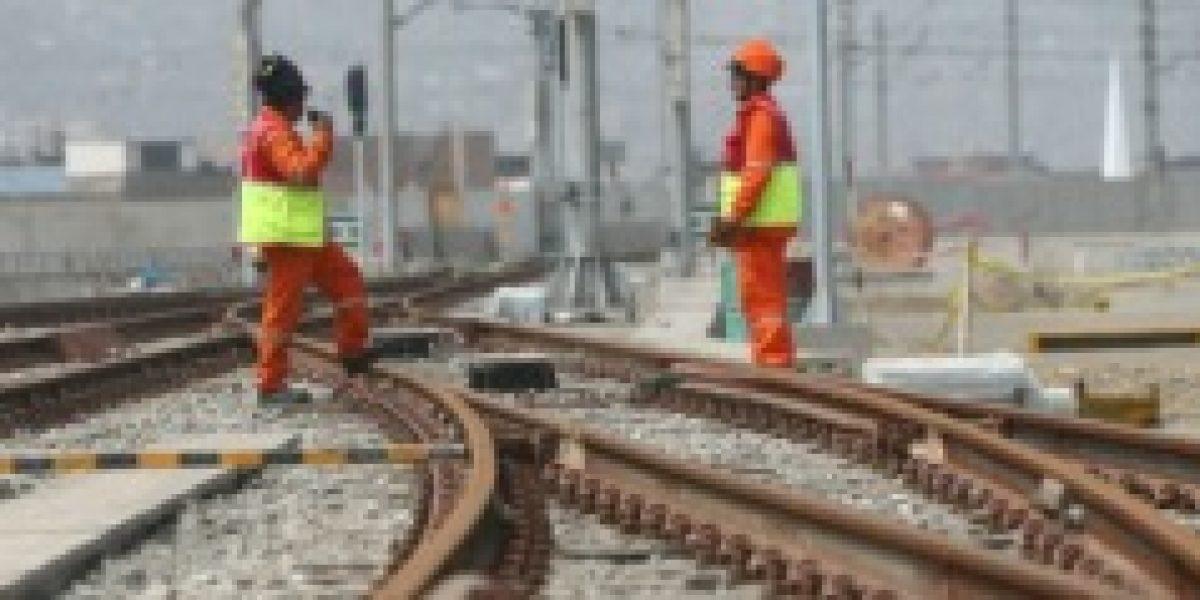 ¿Y en Chile? Perú planea construir tren de costa con millonaria inversión