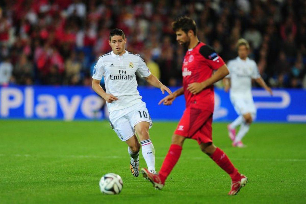 James Rodríguez contra el Sevilla en la Supercopa de la UEFA. Foto:Getty Images. Imagen Por: