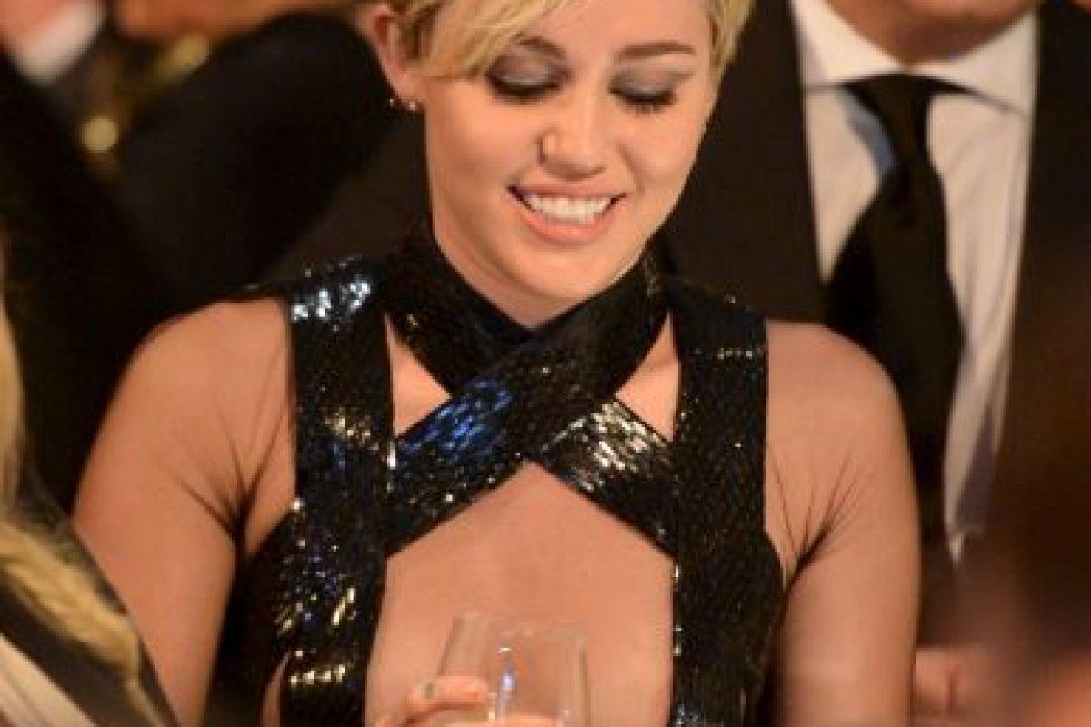 La actriz y cantante rompió con eso y muestra una imagen más transgresora y polémica Foto:Getty Images. Imagen Por: