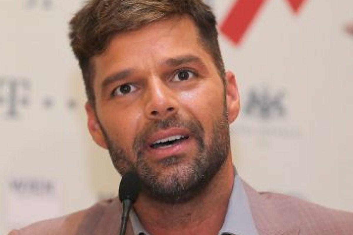 Se declaró gay, tiene dos hijos, pero sigue con su atractivo y carrera intactos. Foto:Getty Images. Imagen Por: