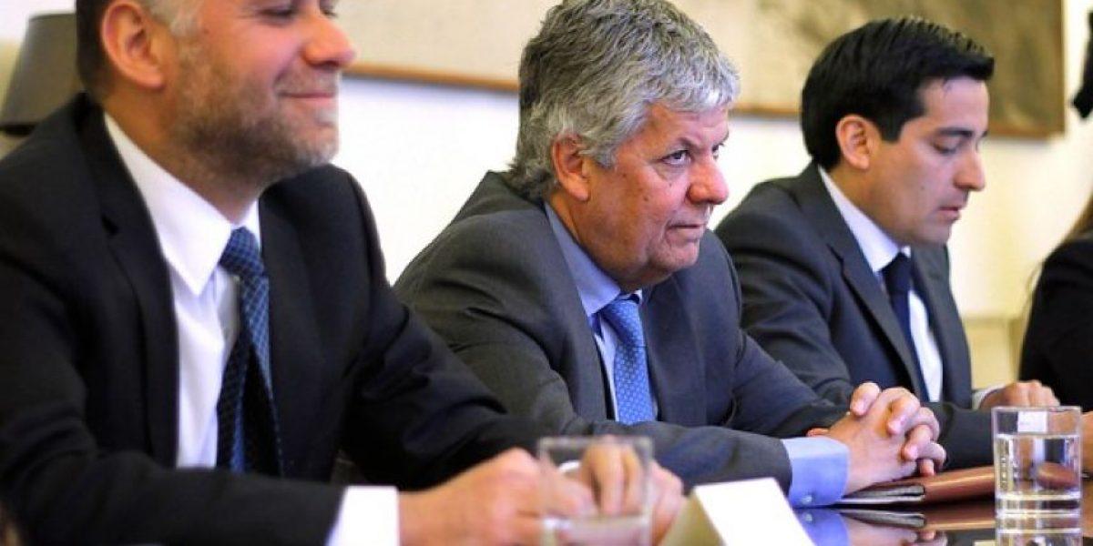 Ministro Eyzaguirre por proyecto que pone fin al lucro: