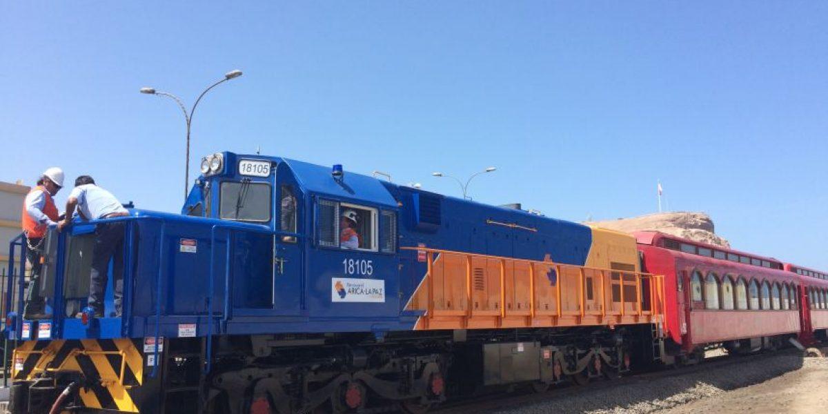 Ferrocarril de Arica a La Paz presenta nuevas locomotoras para transporte de carga