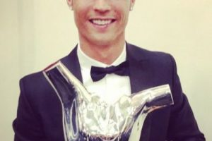 Mejor jugador europeo de la UEFA. Foto:¡nstagram.com/cristiano. Imagen Por: