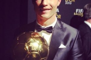 Balón de Oro de la FIFA como el mejor jugador del mundo. Foto:¡nstagram.com/cristiano. Imagen Por: