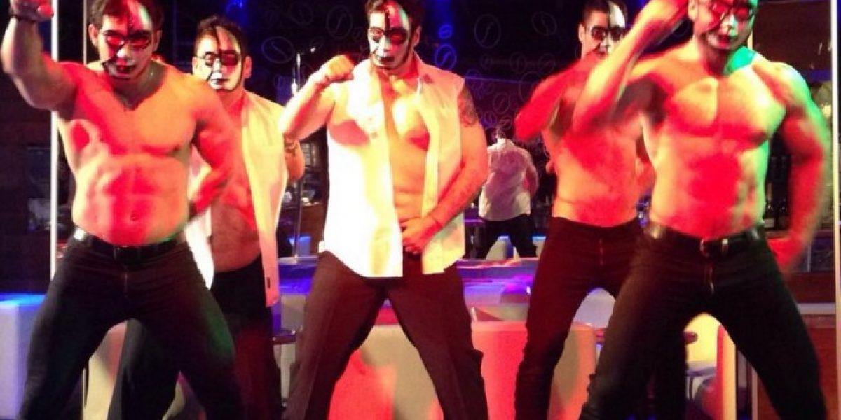 Jaime Coloma se convierte en stripper para