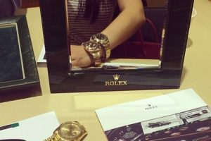 ¿O tal vez en un Rolex? Foto:Dorothy Wang/Instagram. Imagen Por: