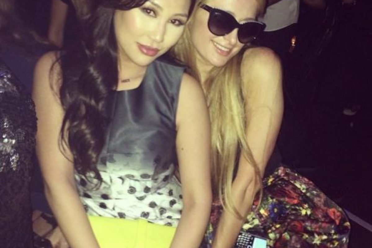 Otra de sus mejores amigas es Paris Hilton. Foto:Dorothy Wang/Instagram. Imagen Por: