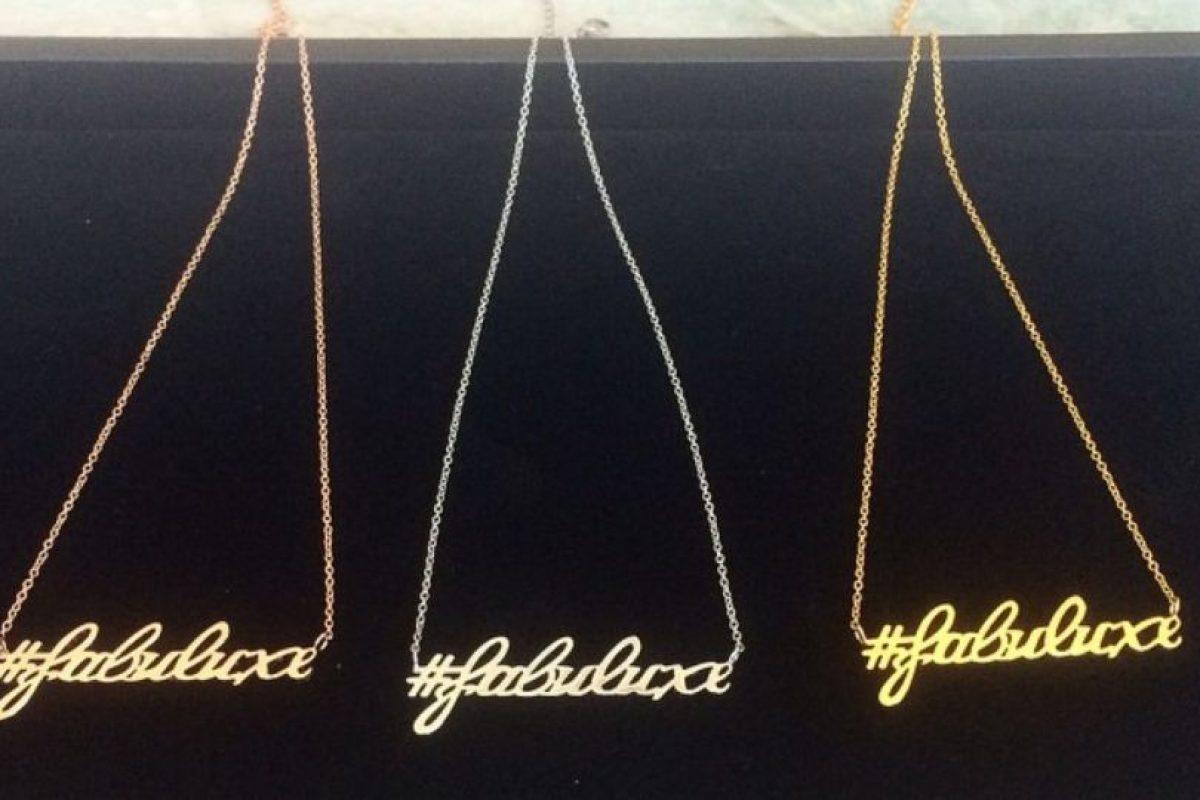 Por ahora, tiene estos collares. Foto:Dorothy Wang/Instagram. Imagen Por: