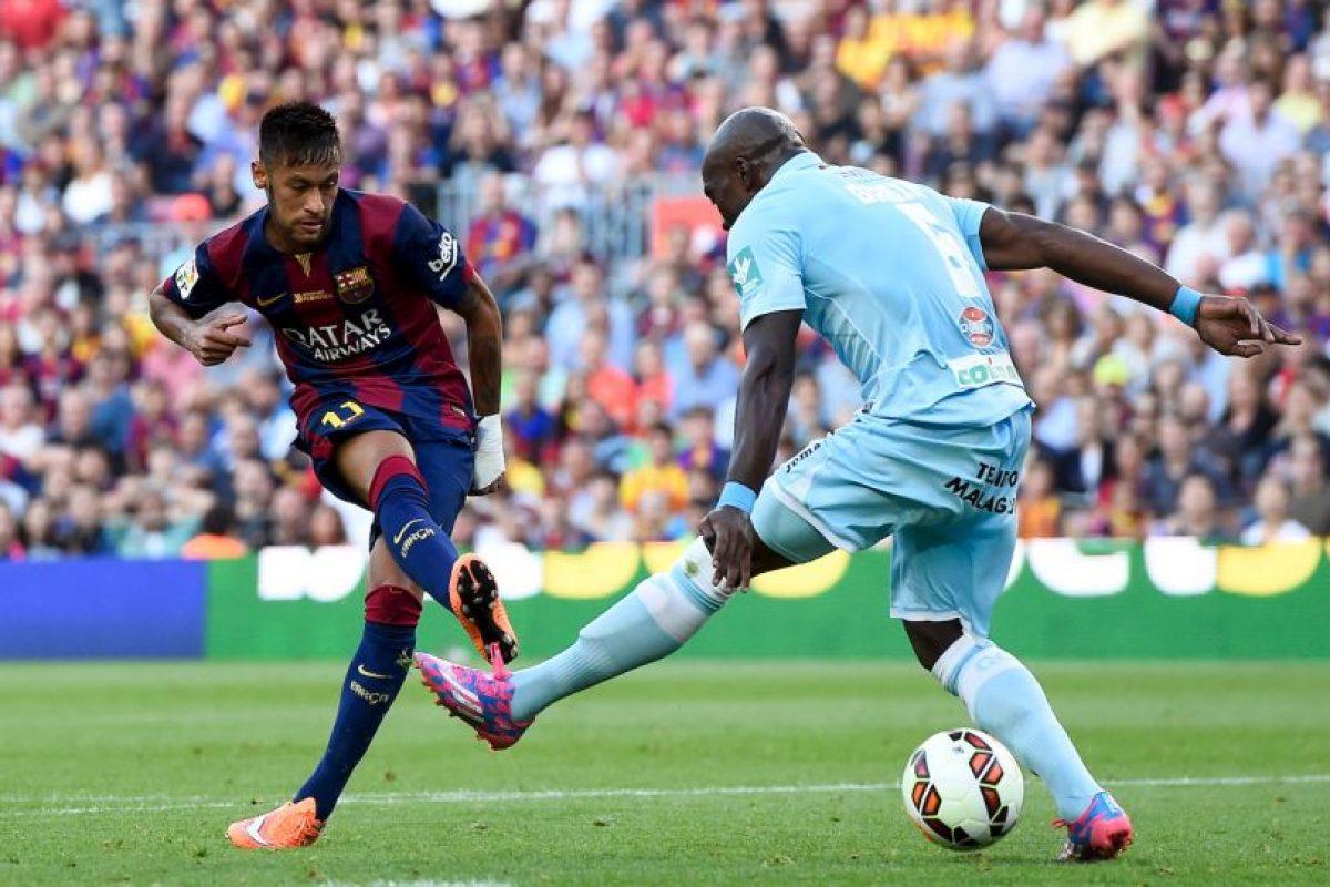 Regularmente estas jugadas las realiza Neymar en partidos o entrenamientos Foto:Getty. Imagen Por: