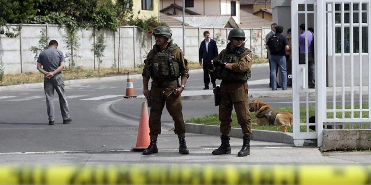 Galería: Así se realizó el operativo para detonar el objeto sospechoso en Cesfam de Maipú