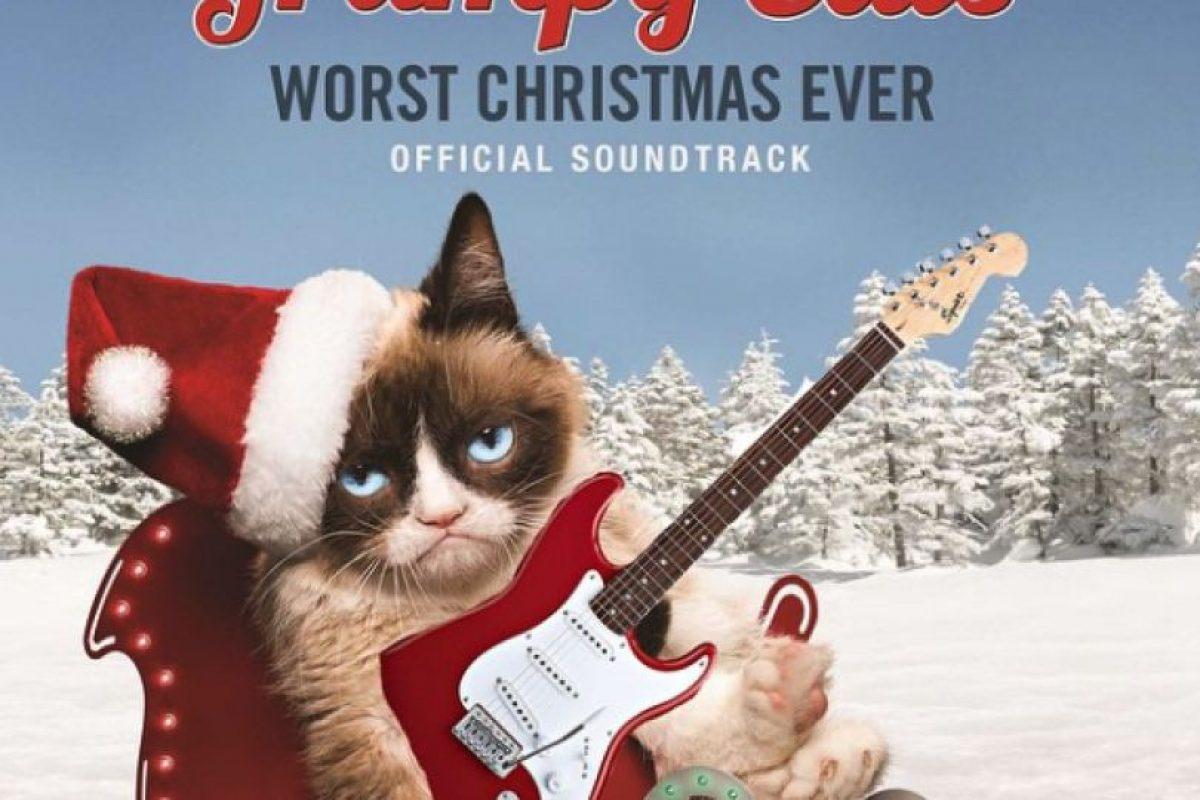 """""""Grumpy Cat's Worst Christimas Ever"""" (Grumpy Cat, la peor Navidad de la historia). Foto:Instagram/Grumpy Cat. Imagen Por:"""