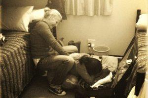 Ser buenos amigos sin la otra persona está triste. Foto:instagram.com/genavieveb. Imagen Por: