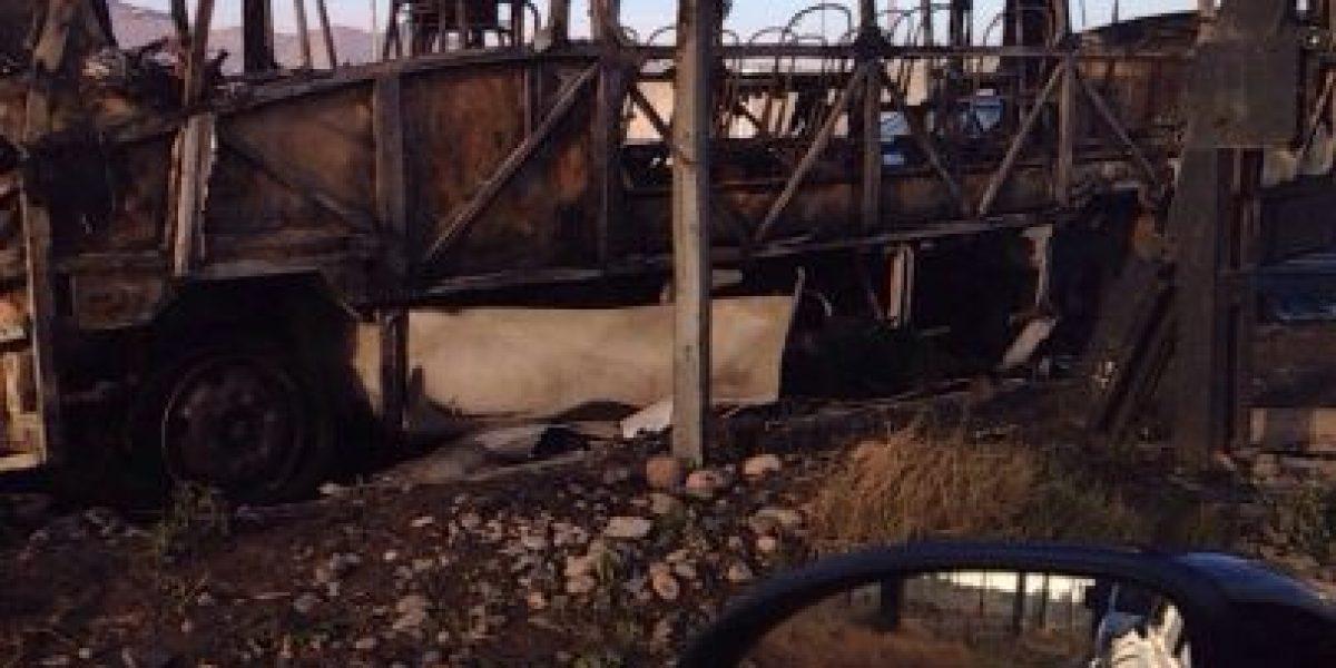 Tuiteros informan de un bus de Transantiago quemado en San Bernardo